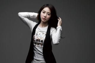 刘仁娜最新写真 她的气质果然不一般 彰显女神范!
